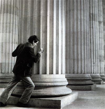 Gonzalo Arango Arias (1931 - 1976) | Fotografía por Nereo López